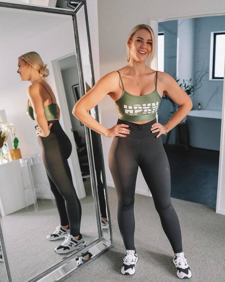 New Zealander Girl Showed How She Lost Almost 100 Kilograms!