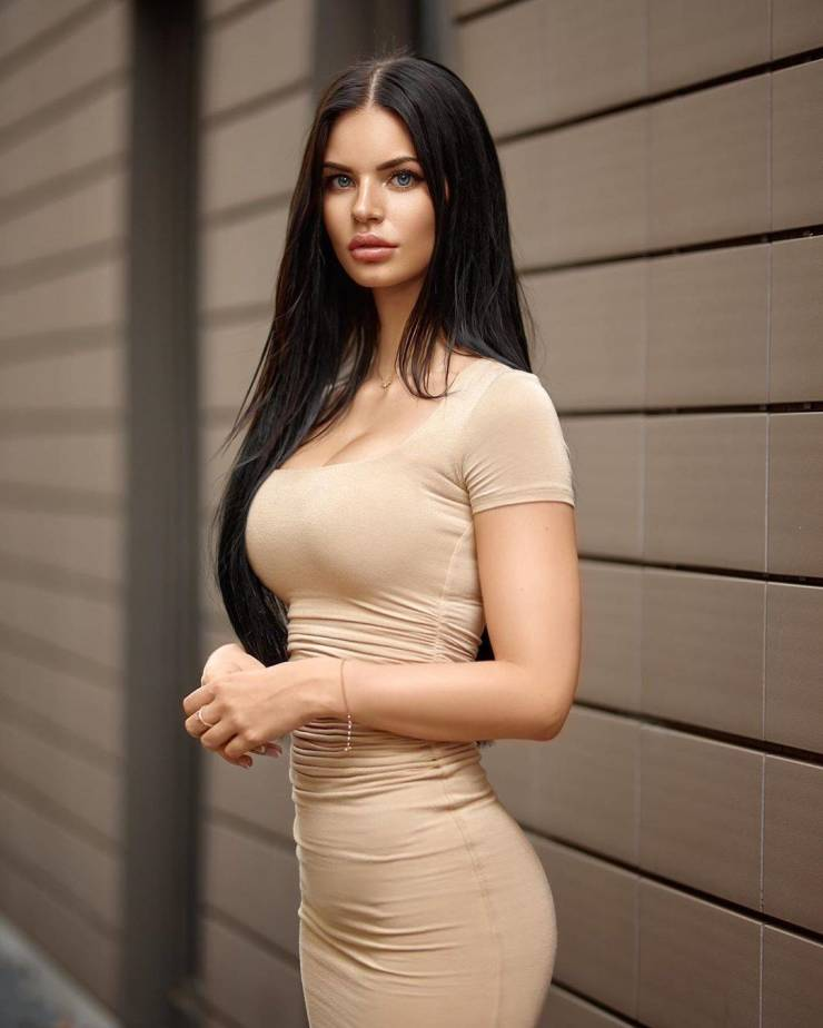 Oh My, Those Tight Dresses