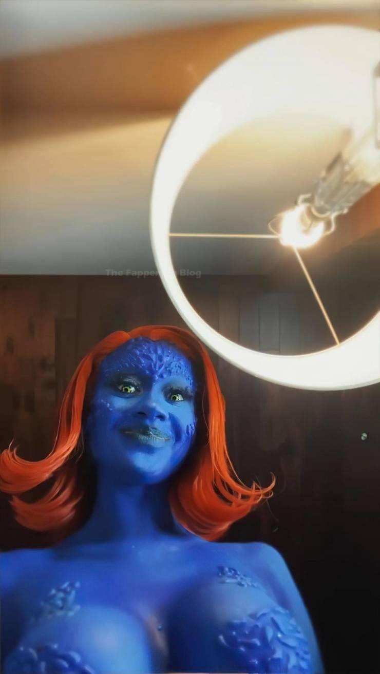 That's A Great Mystique Cosplay!