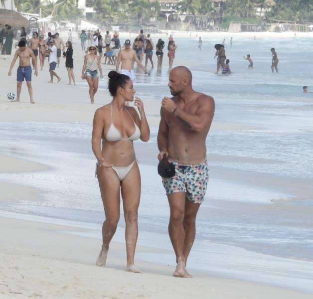 Slovakian Model Lucia Javorcekova Chilling On A Mexican Beach