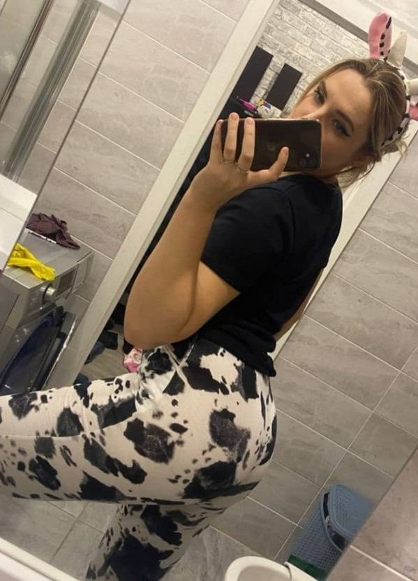 This Hot Girl Is A Primary School Teacher From Smolensk, Russia!