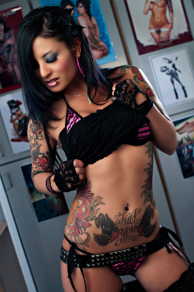 See The Full Spectrum With These Tattooed Girls!