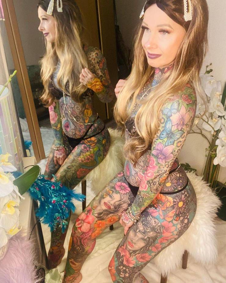 She Got Her First Tattoo When She Was 50, And Never Stopped Since Then…