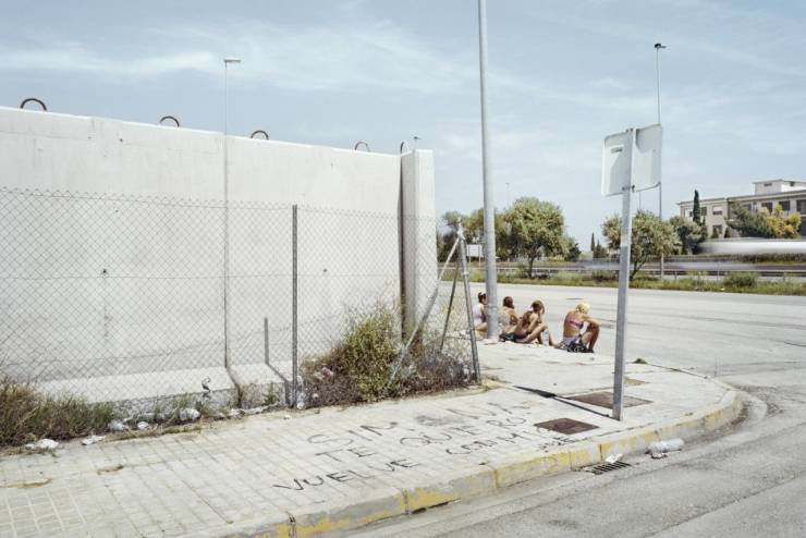"""The Waiting Game"" – Powerful Photo Project About Spanish Prostitutes"