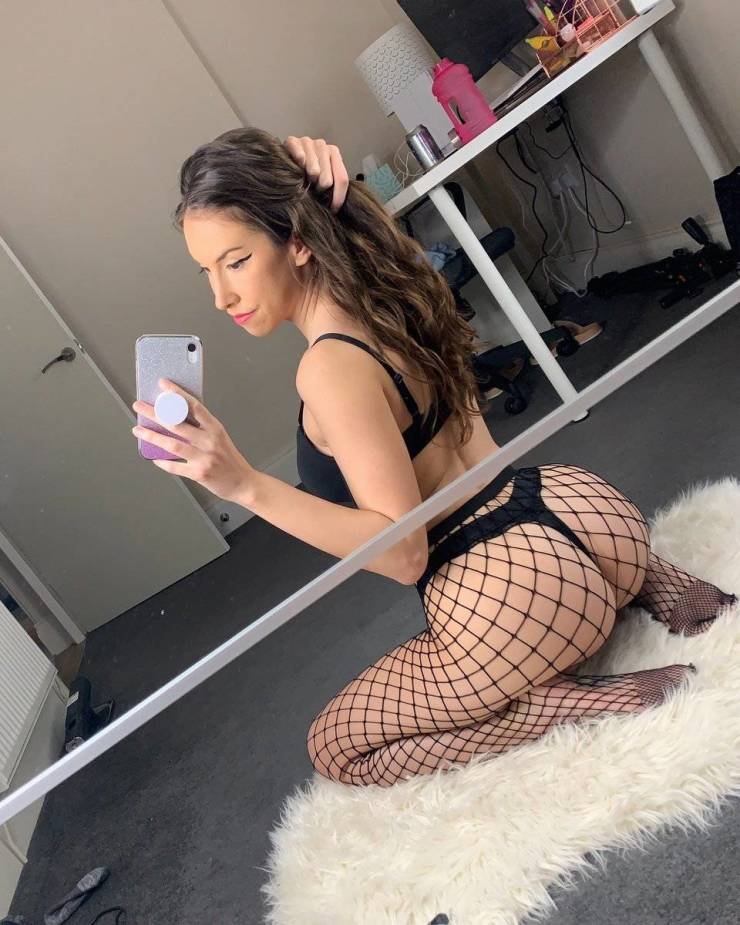 Fishnet And Mesh For Everyone!
