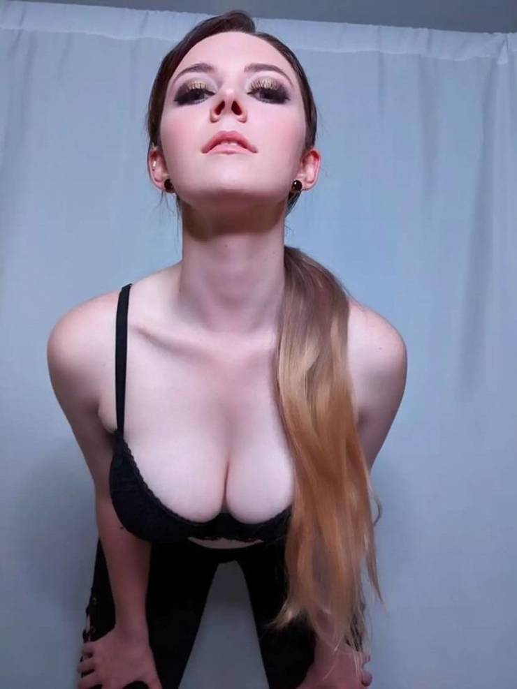 Look At Those Boobs!