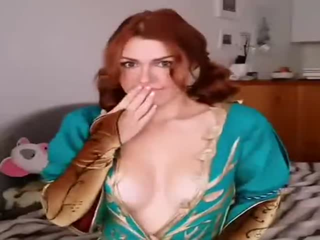 Cosplaying Triss