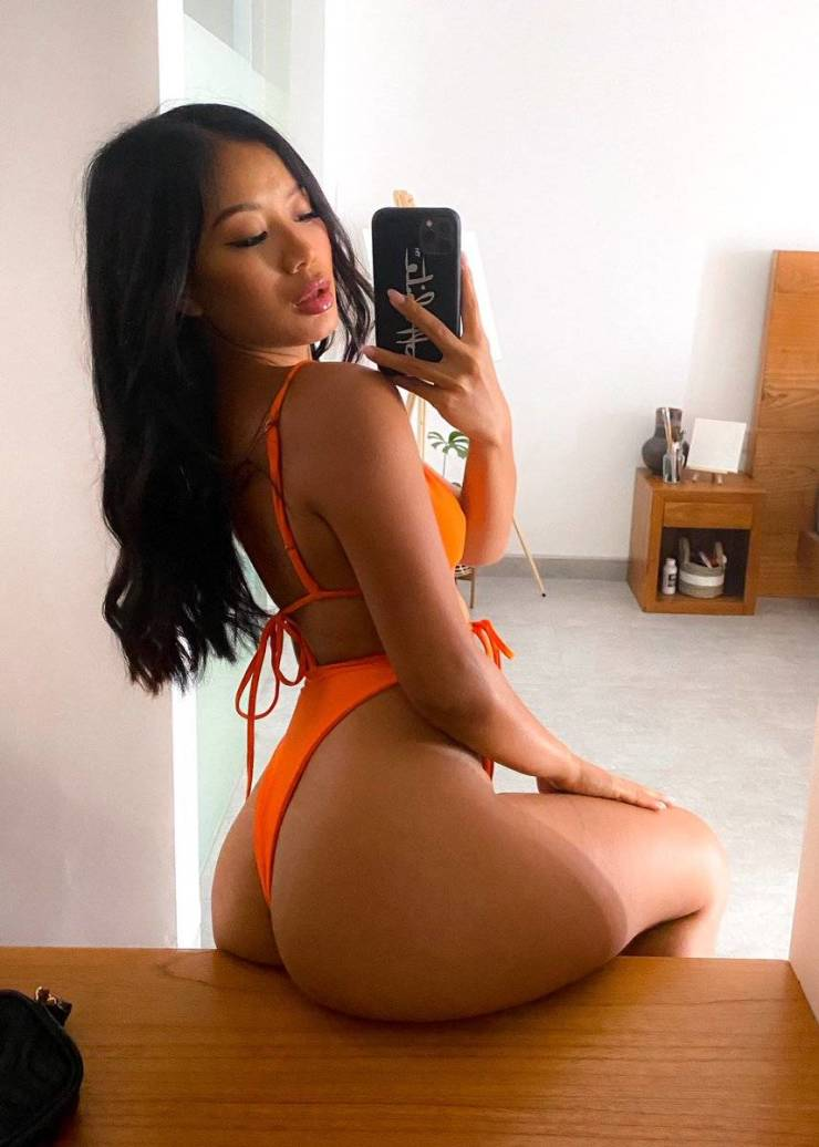 Some Sexy Selfies!