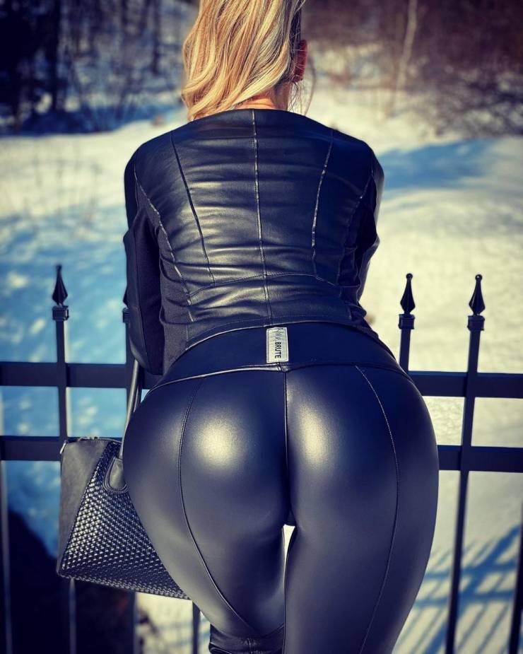 Latex And Leather Look Great Together!