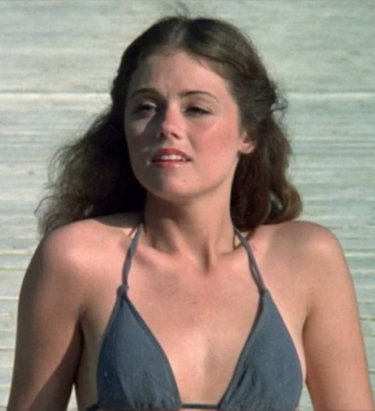 Sexiest Actresses That Faced Jason Voorhees