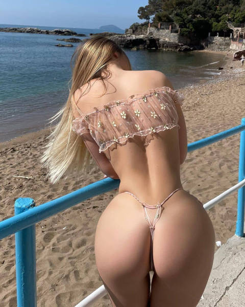 Girls: View From Behind