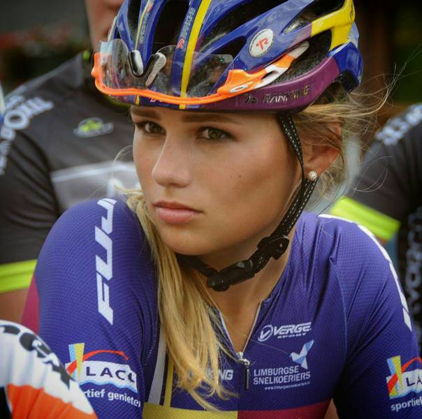 This Dutch Cyclist Beauty Gonna Ride Away With Your Heart