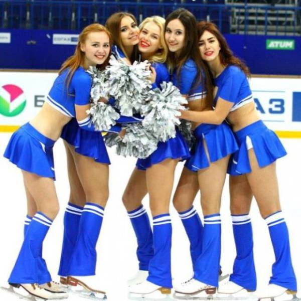 Cheerleaders Are The Reason Why They Love Ice Hockey In Russia