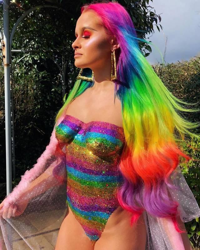 Glitter Boobs Are Music Festival Season