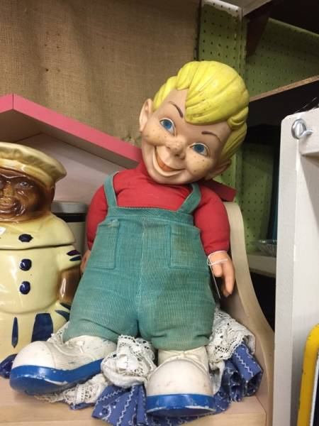Thrift Shop Is A Hell Of A Terrifying Place To Go To