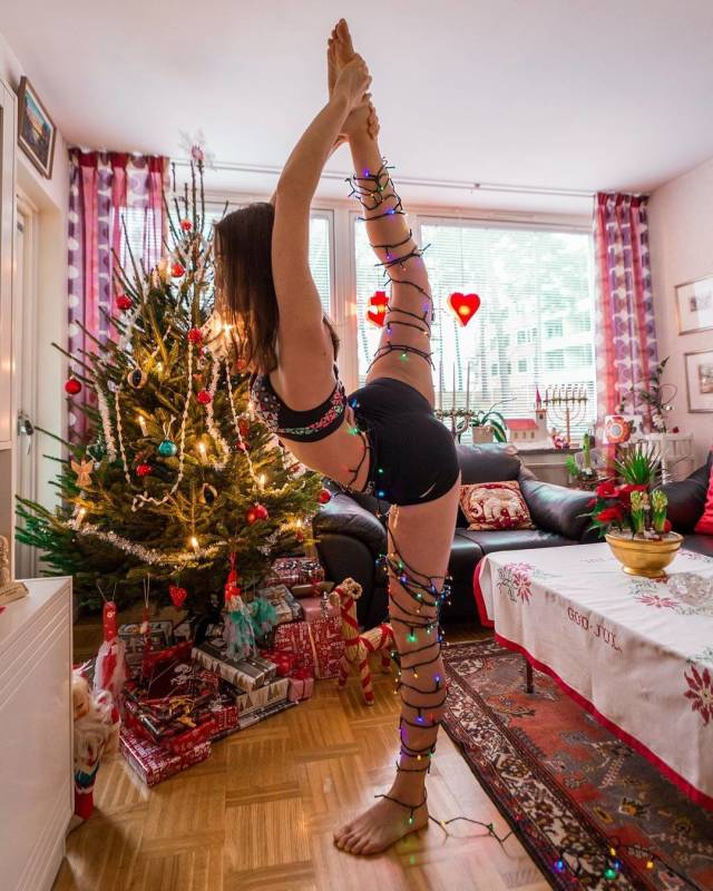 Girls Who Know That Flexible Is Sexy