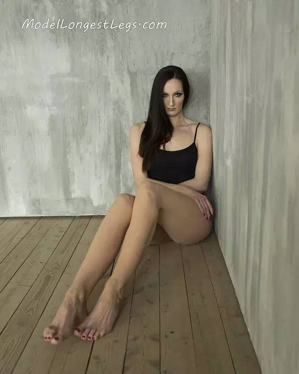 Yekaterina Is The Tallest Model In The World…And She Also Has The Longest Legs In The World