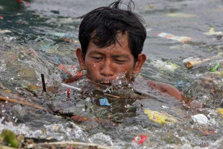 Pollution Must Stop!