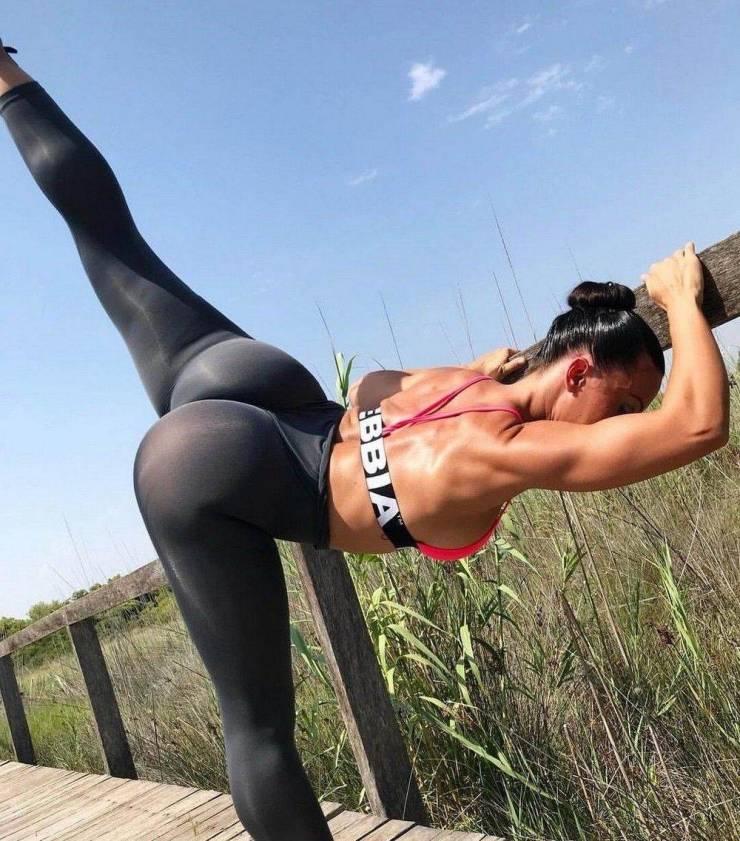 Flexible Girls Will Always Be Sexy