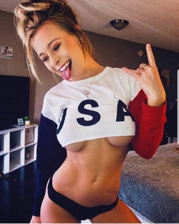 Get Ready For Some Tasty Underboob Pics
