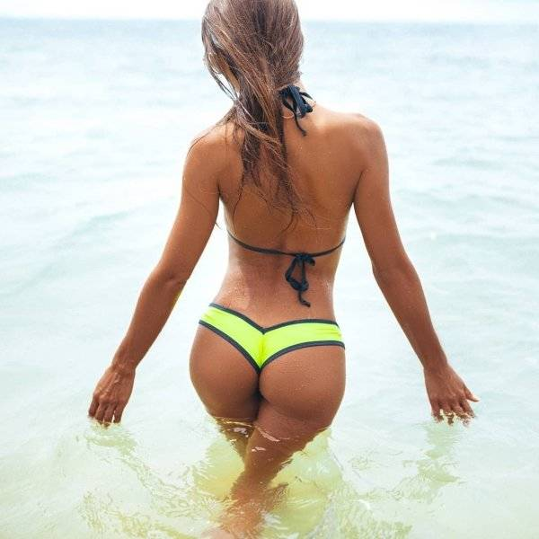Wet Girls Are The Pinnacle Of Summer