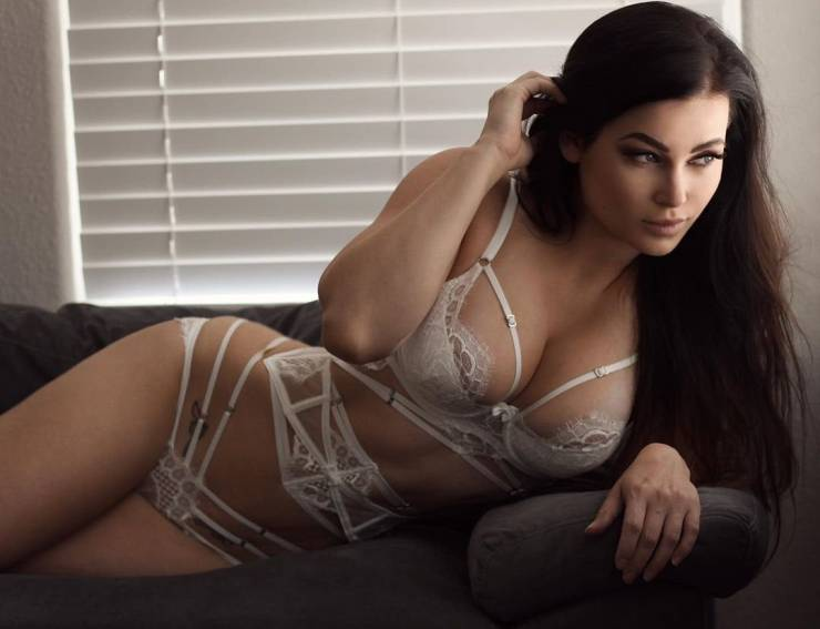 There Is Nothing Sexier Than Hot Girls In Lingerie