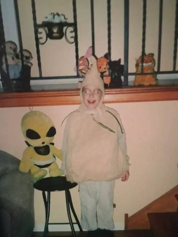 It's Time For Awful Halloween Costumes!