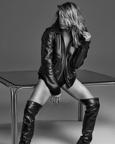 Yes, Jennifer Aniston Is 51 Years Old, And Here's Her Birthday Photoshoot