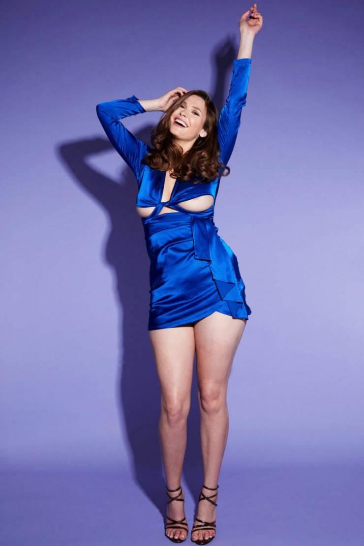 Big-Breasted Model Tries On Online Shop Dresses