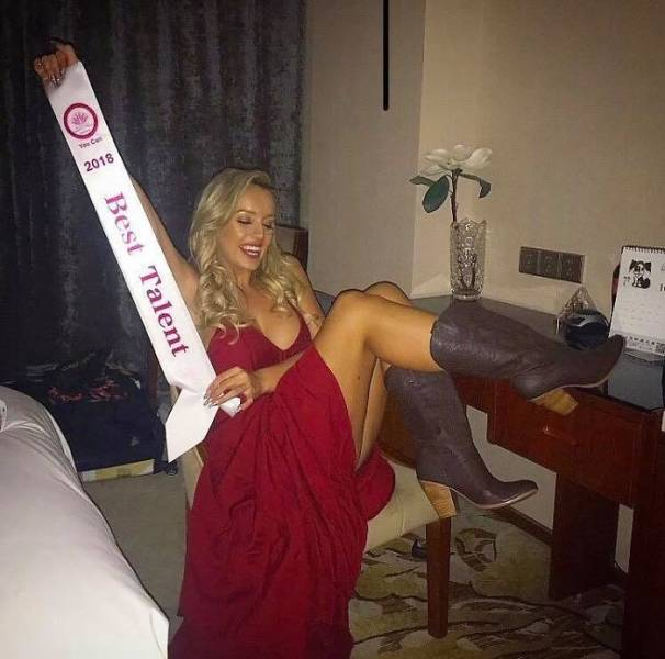 """Woman Gets Dumped For Being Too Fat, Loses Half Her Weight And Wins """"Miss Great Britain 2020"""""""