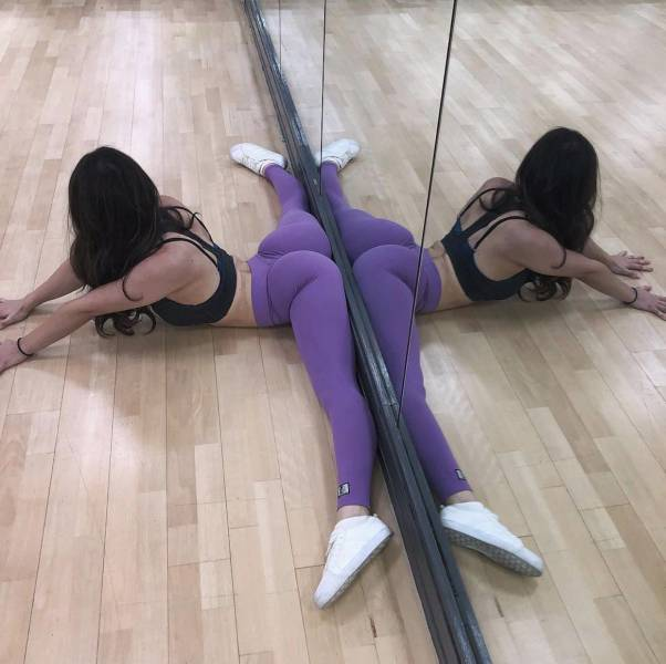 Flexible Girls Will Always Be Sexy
