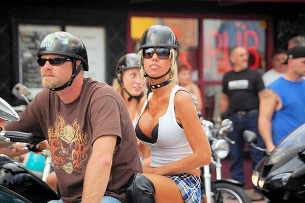 Bike week (61 pics)
