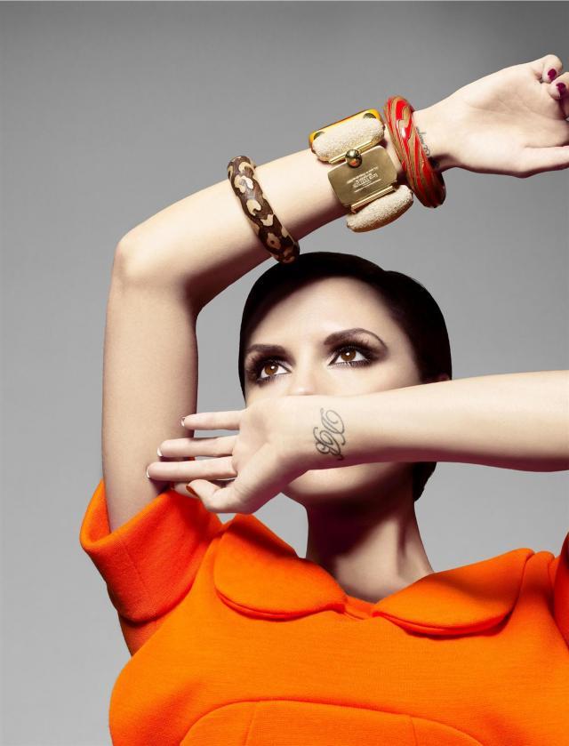Photoshoot of Victoria Beckham (9 pics)