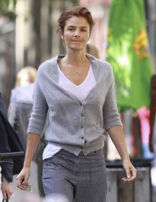 Helena Christensen is not the same anymore (4 pics)