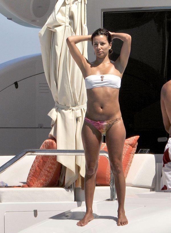 Eva Longoria on her boat (10 pics)