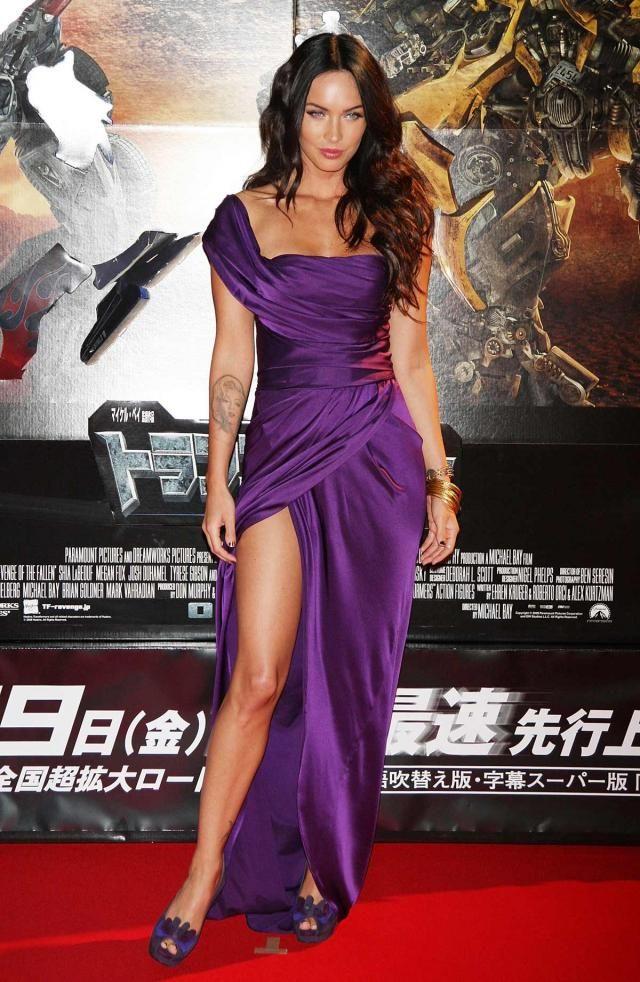 Megan Fox at the Japanese Transformers 2 Premiere (17 pics)
