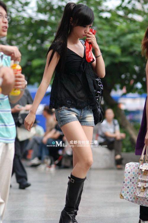 Some pretty Chinese girls (32 pics)
