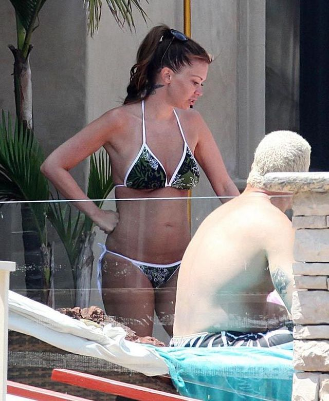 Jenna Jameson in bikini (7 pics)
