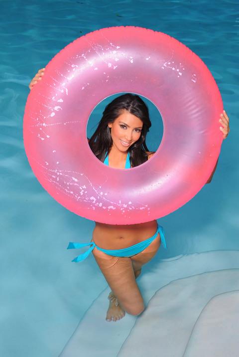 Kim Kardashian (25 pics)