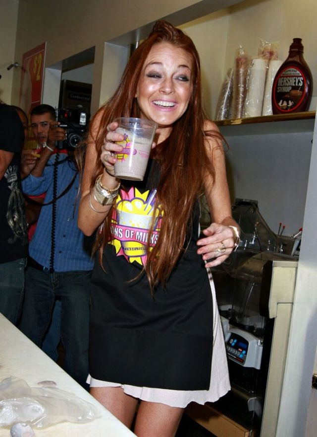 Some fresh pics of Lindsay Lohan (6 pics)