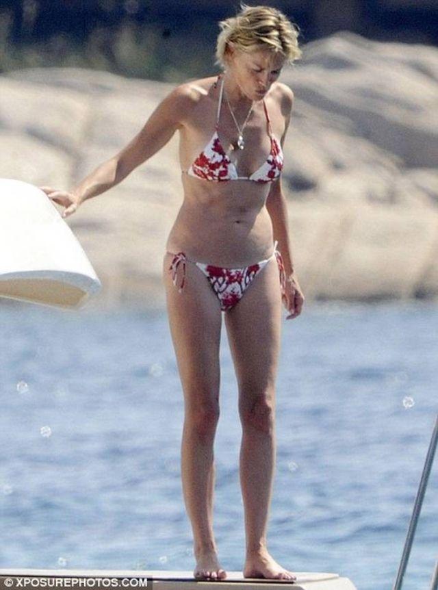 Sharon Stone in bikini on a yacht (5 pics)