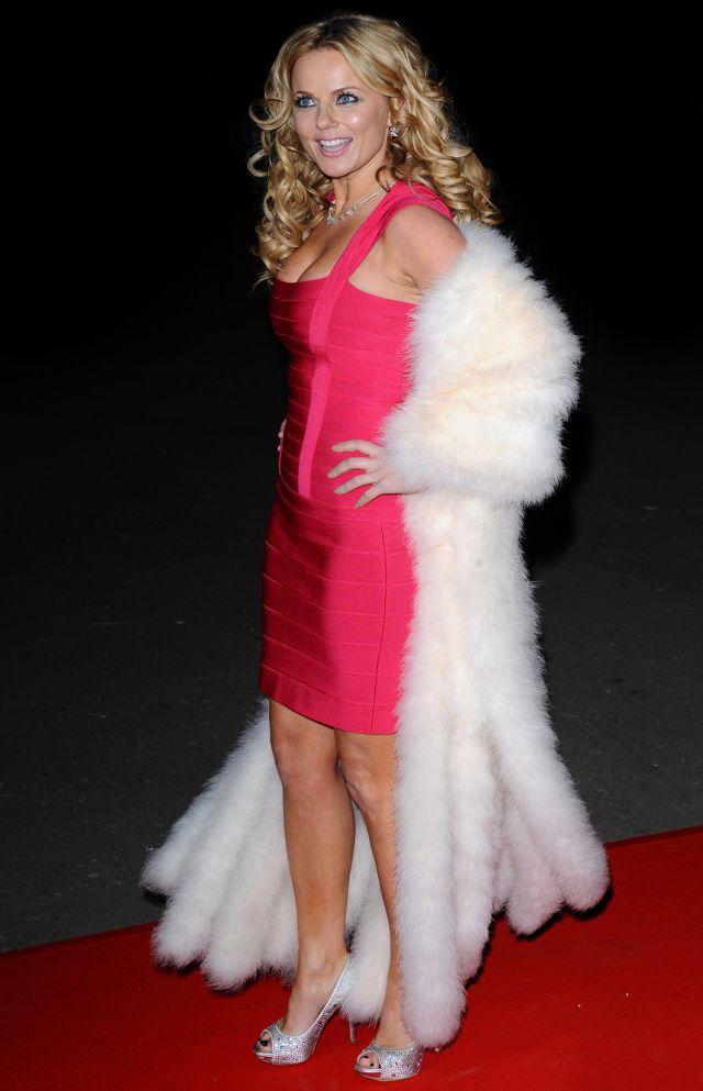 Geri Halliwell Is Stunning (6 pics)
