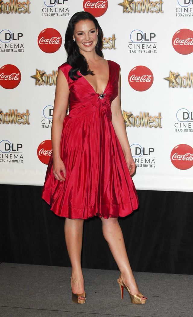 Katherine Heigl, Another Hottie of Hollywood (9 pics)