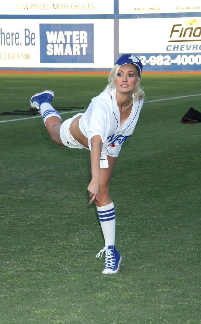 Holly Madison in a Hot Baseball Outfit (8 pics)