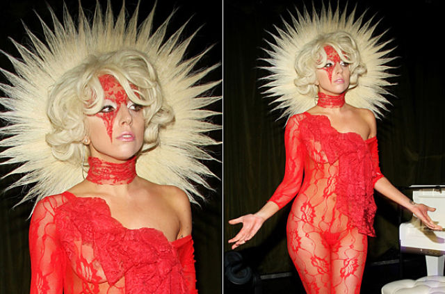 The Most Outrageous Lady Gaga's Costumes (25 pics)