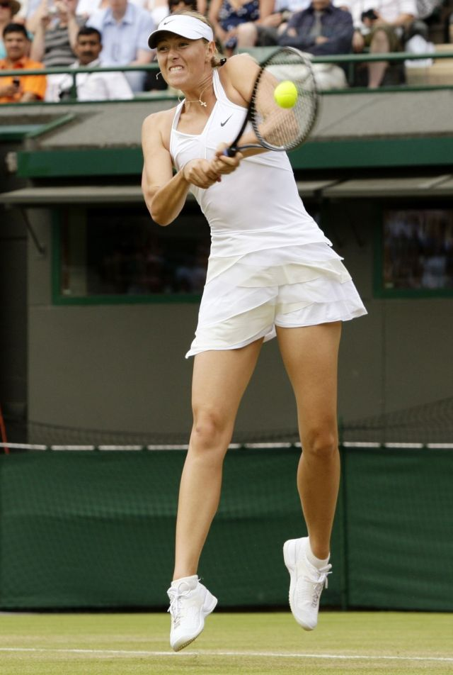 Maria Sharapova, One of the Sexiest Tennis Players (8 pics)