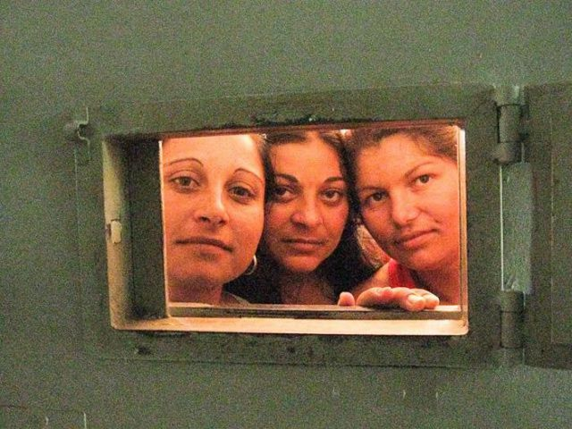 When Female Inmates Take Photos of Their Life in Prison (65 pics)