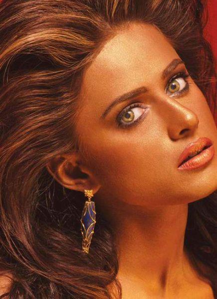Pakistani Beauties (23 pics)
