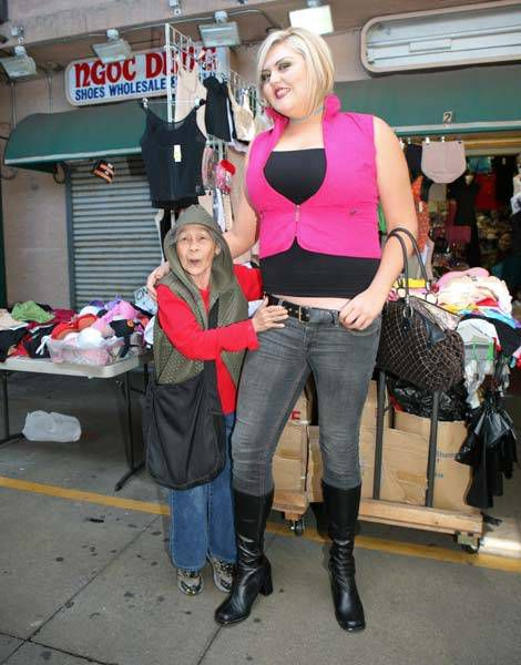 The Tallest Blonde in the World (19 pics)