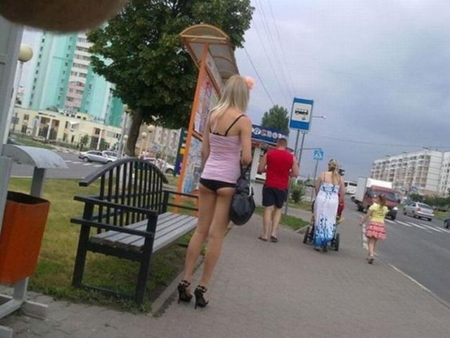 Russian Girls Have a New Summer Fashion